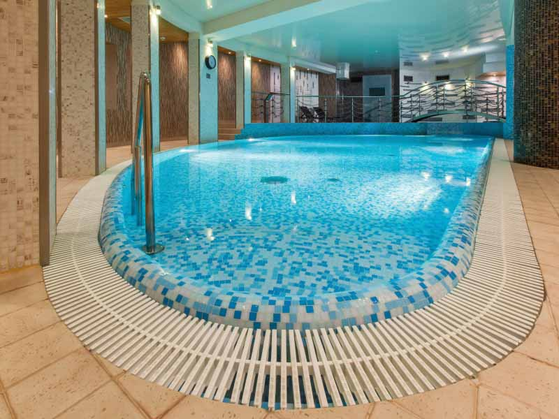Citytrip cracovie en h tel 4 au d part de b le mulhouse for Piscine galaxy allemagne