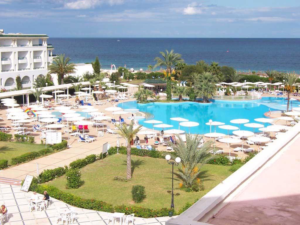 S jour en tunisie en formule tout compris au d part de for Bon plan reservation hotel